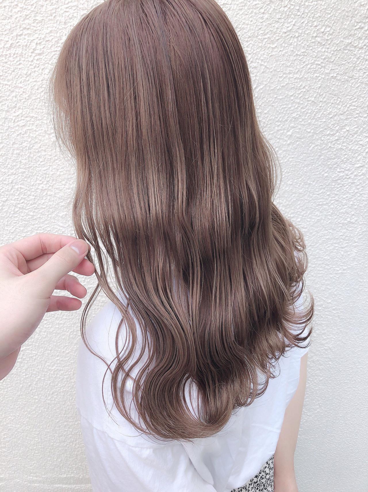 アッシュグレージュ ミルクティーベージュ セミロング ピンクベージュ ヘアスタイルや髪型の写真・画像
