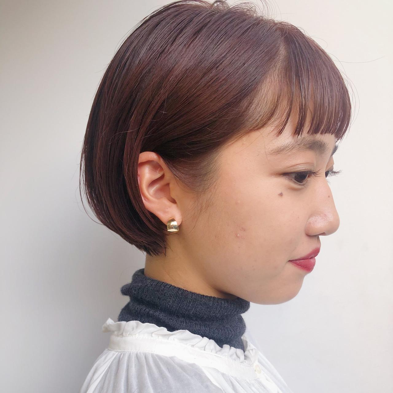 前髪パッツン オン眉 ハイライト ショート ヘアスタイルや髪型の写真・画像