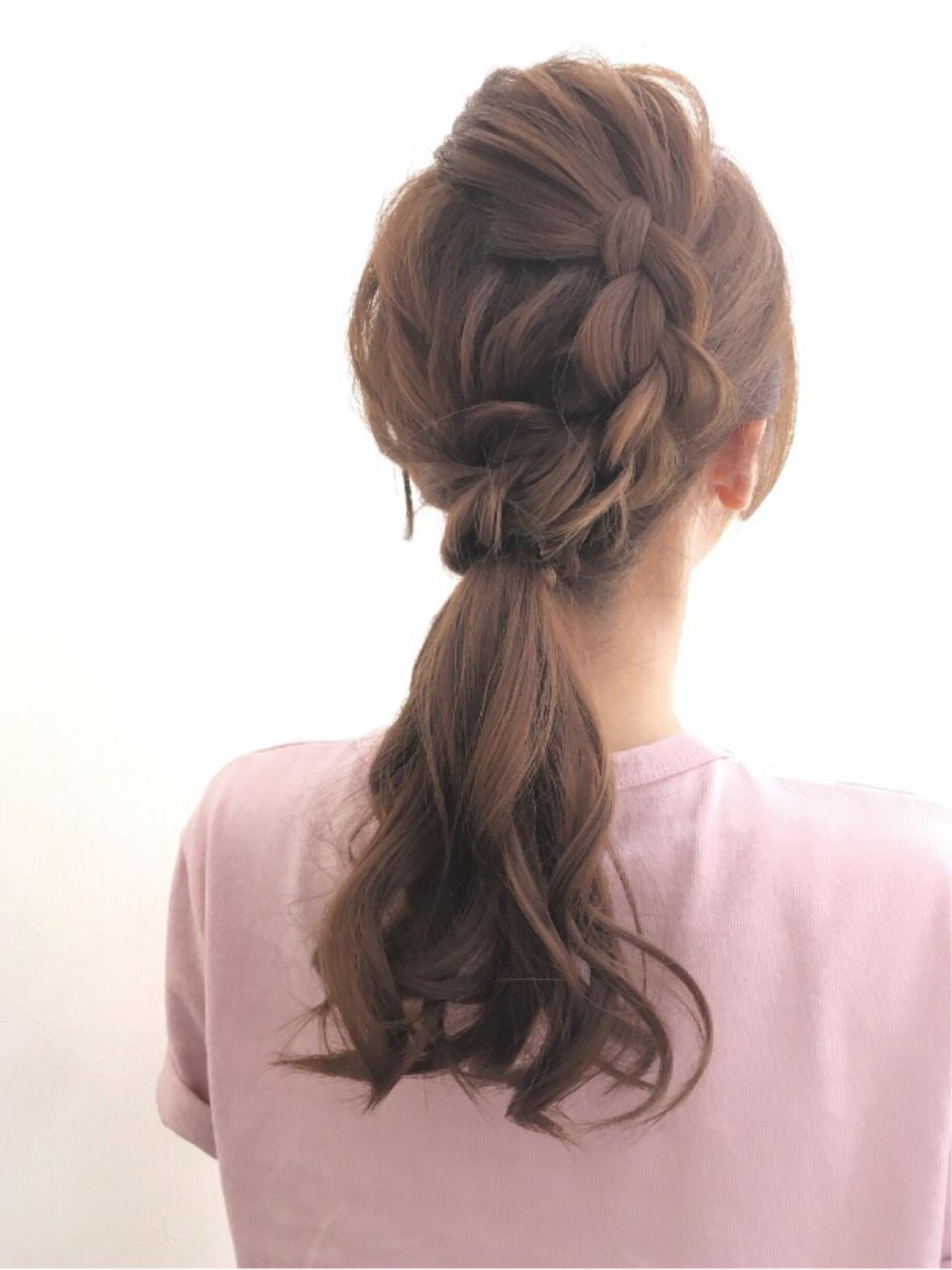 ポニーテール ゆるふわ ロング 編み込み ヘアスタイルや髪型の写真・画像