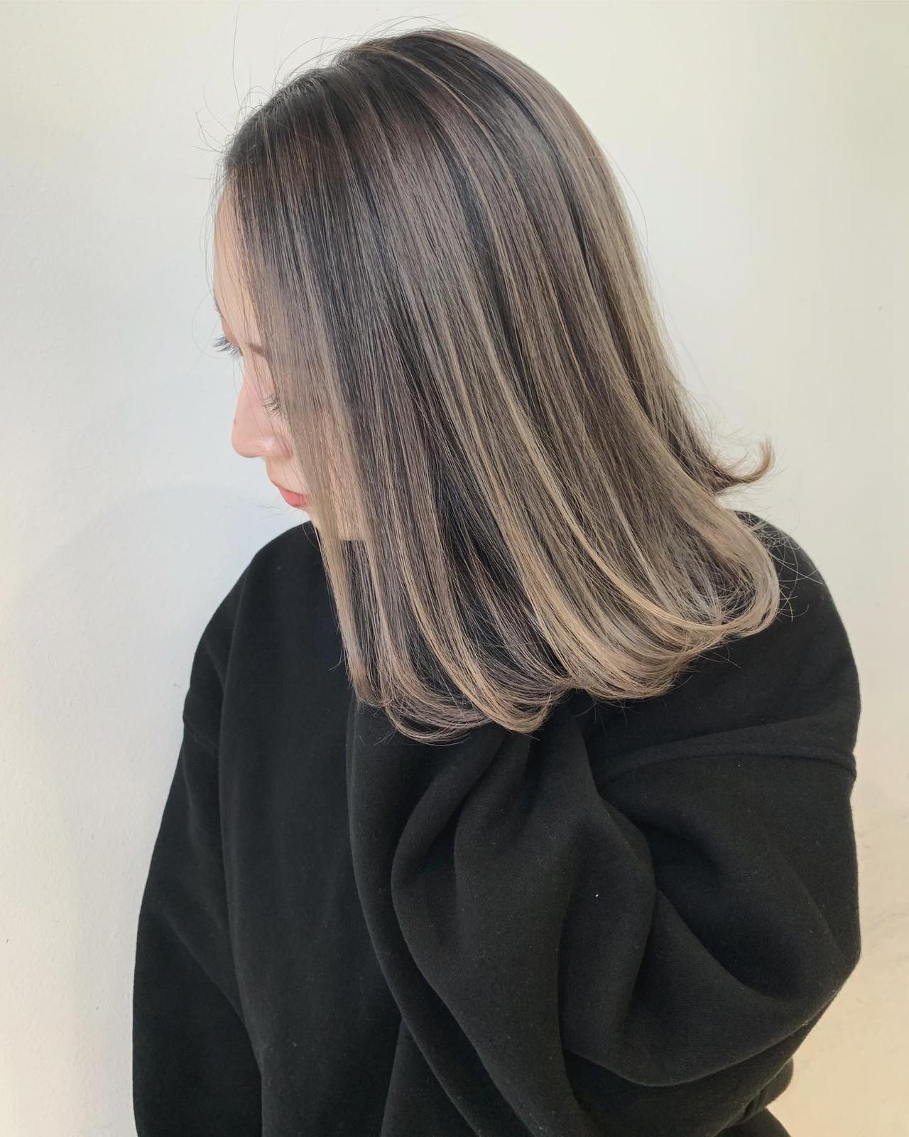バレイヤージュ エレガント インナーカラー ミディアム ヘアスタイルや髪型の写真・画像 | 【ALIVE原宿】野口 靖矢 / ALIVE harajuku