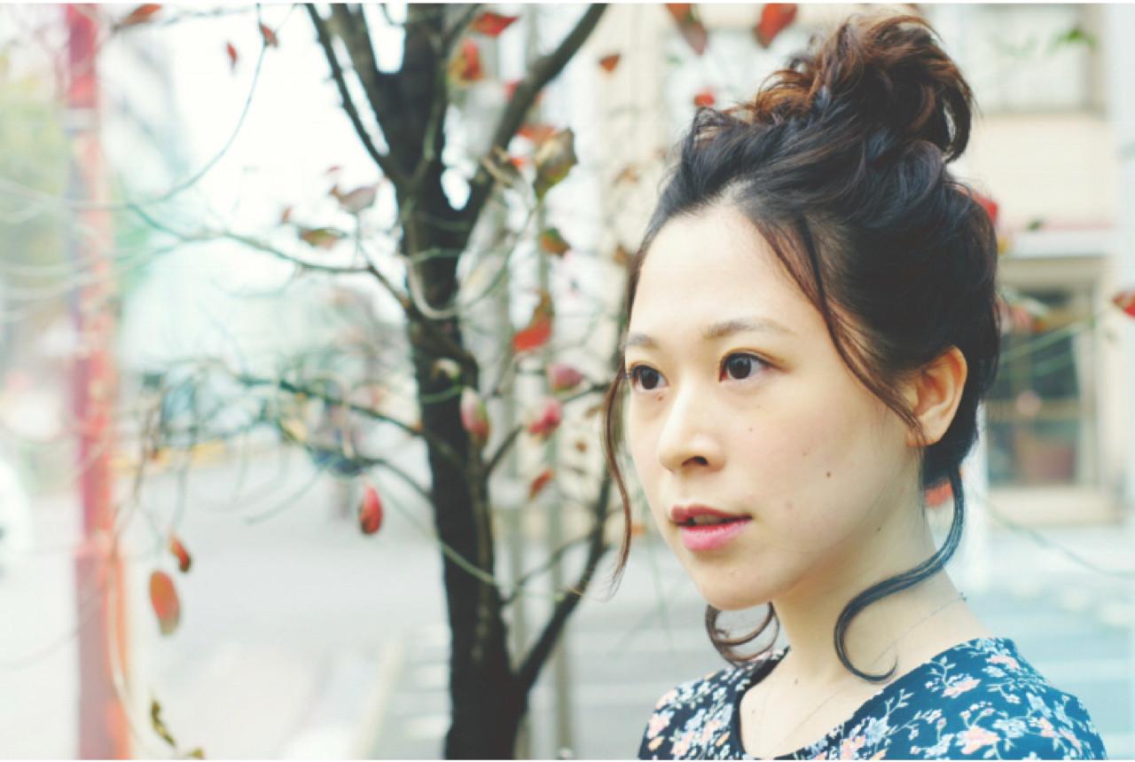 メッシーバン ミディアム デート ヘアアレンジ ヘアスタイルや髪型の写真・画像 | ken / sora