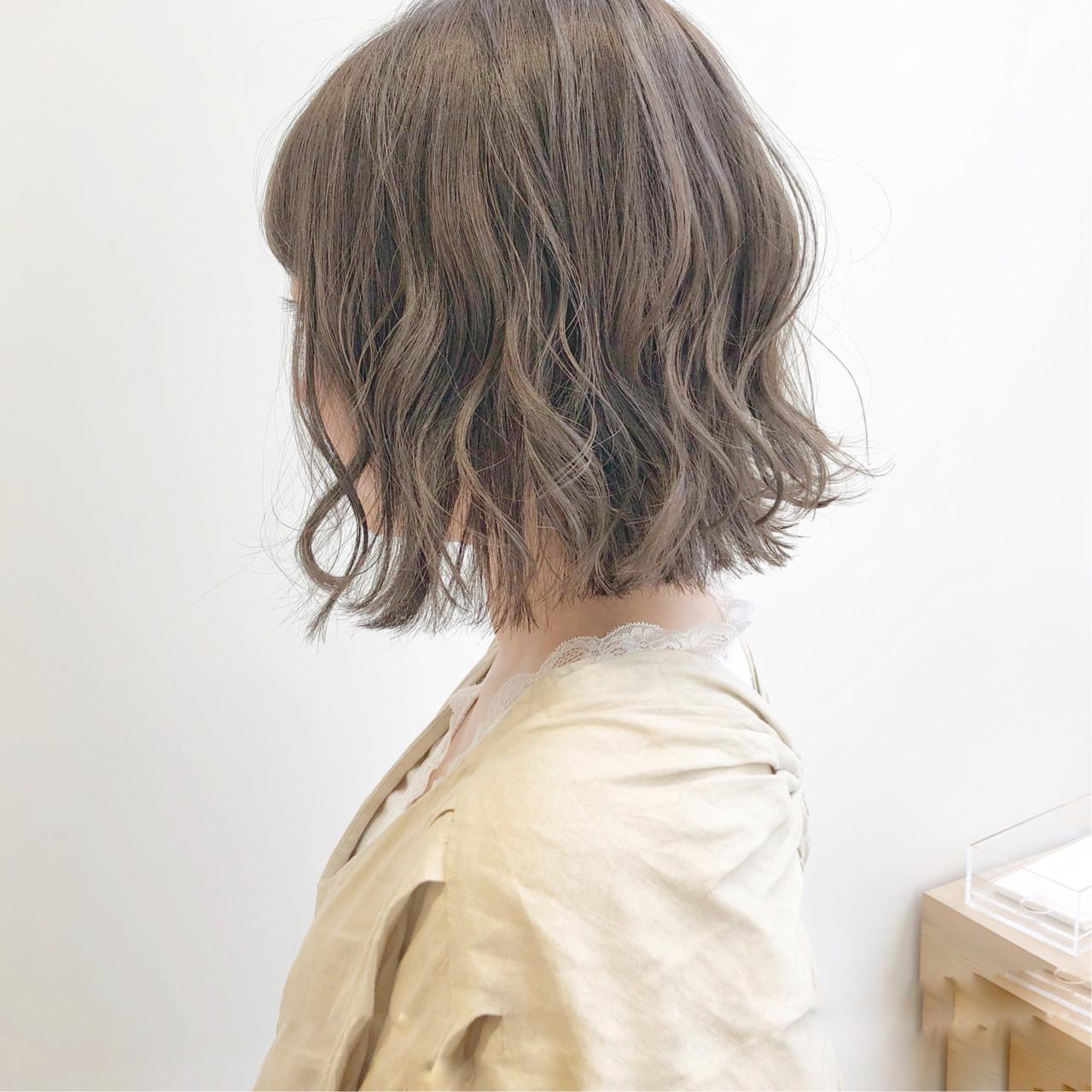 切りっぱなしボブ ウルフカット ミニボブ ショートヘア ヘアスタイルや髪型の写真・画像 | 『ボブ美容師』永田邦彦 表参道 / send by HAIR