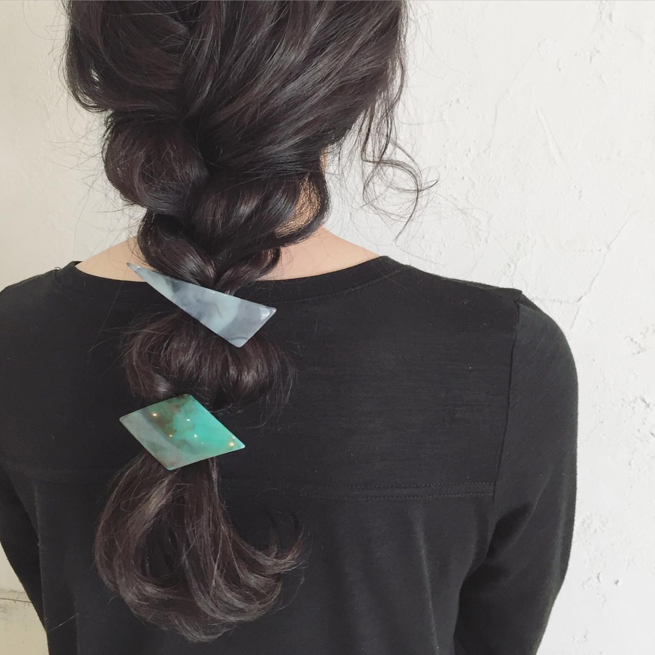 ヘアアレンジ セミロング ショート バレッタ ヘアスタイルや髪型の写真・画像