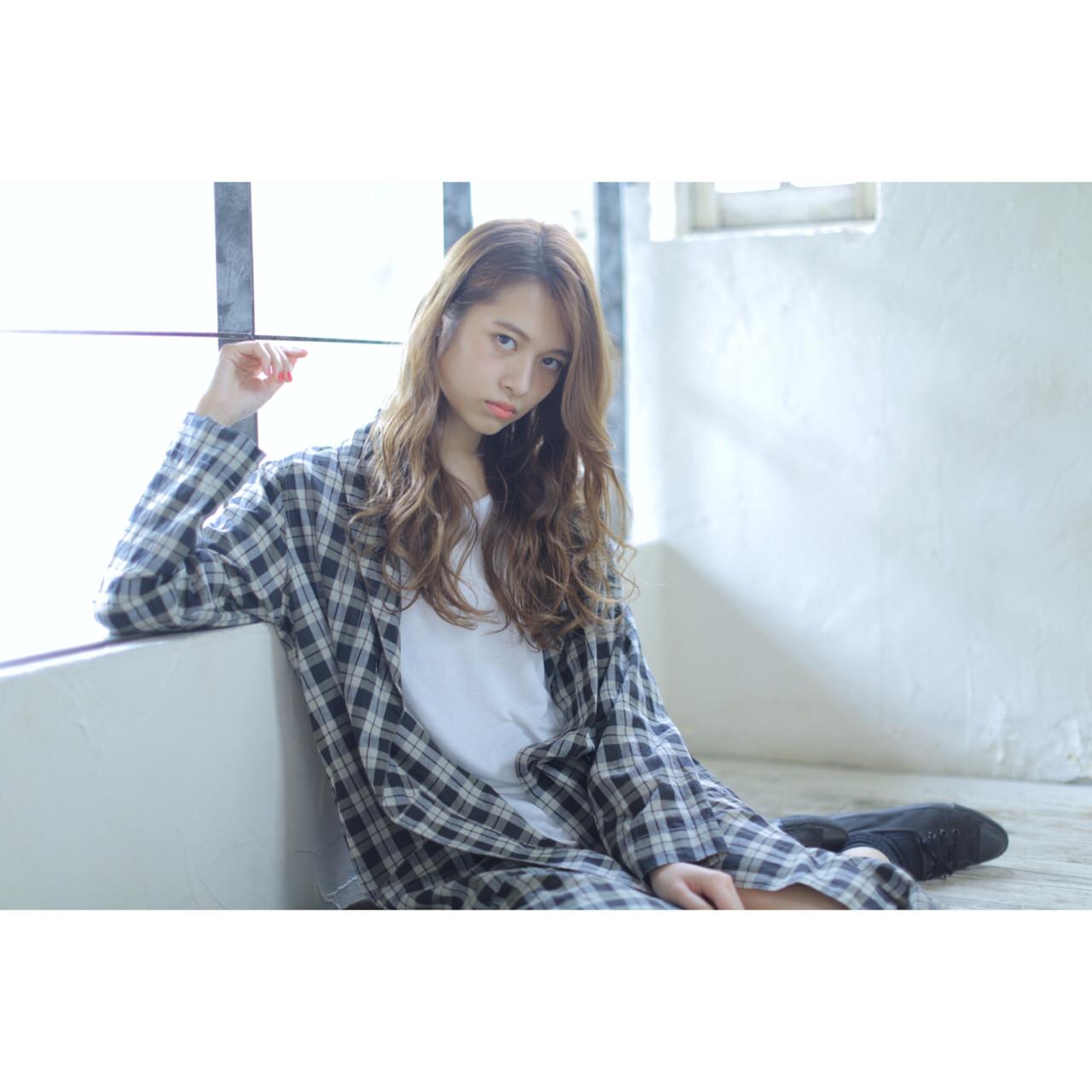 ゆるふわ 簡単 外国人風 ロング ヘアスタイルや髪型の写真・画像 | 瀧野達彦 / SiSi