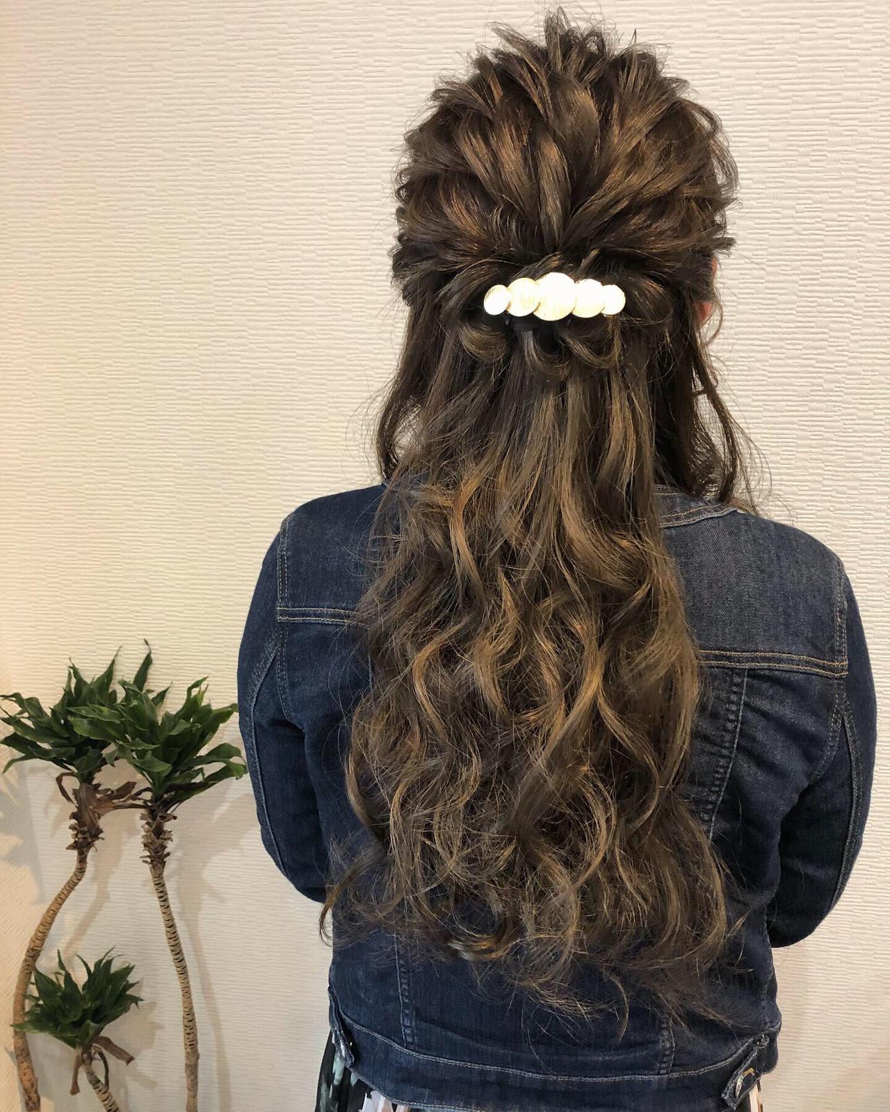 ロング ハーフアップ ねじり 結婚式ヘアアレンジ|HAIR SALON