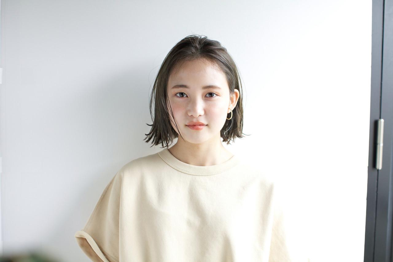 アンニュイほつれヘア スポーツ ナチュラル パーマ ヘアスタイルや髪型の写真・画像