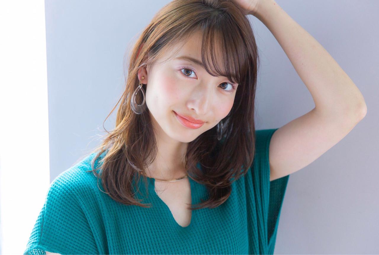 オフィス 簡単ヘアアレンジ デート セミロング ヘアスタイルや髪型の写真・画像 | Daisuke Tomiyama / drive  for  garden