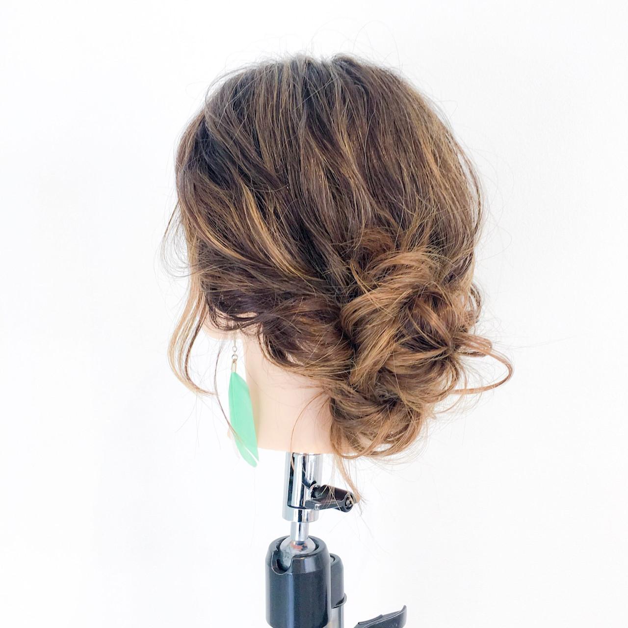 簡単ヘアアレンジ デート ショート セミロング ヘアスタイルや髪型の写真・画像