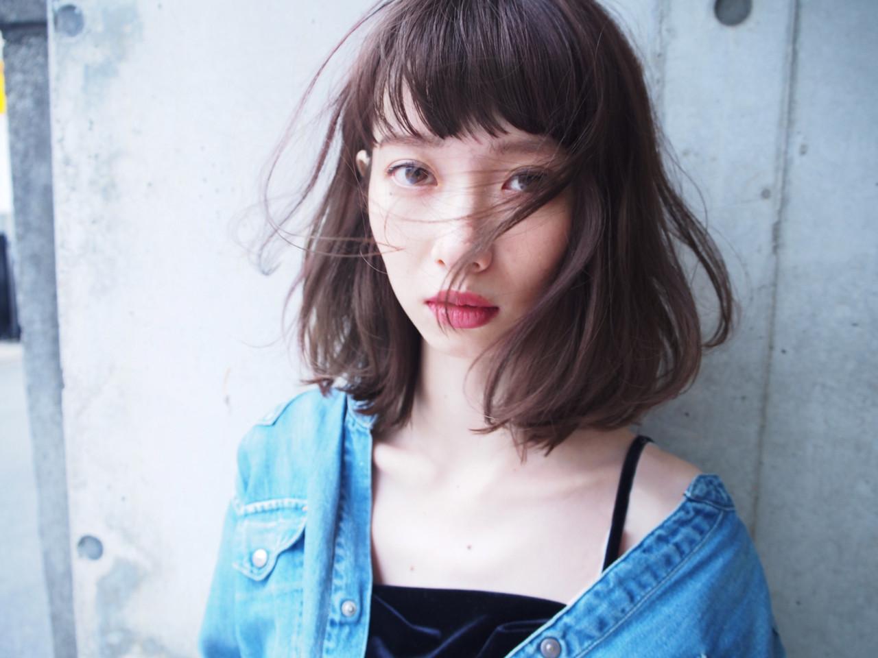 色気 切りっぱなし 小顔 ナチュラル ヘアスタイルや髪型の写真・画像