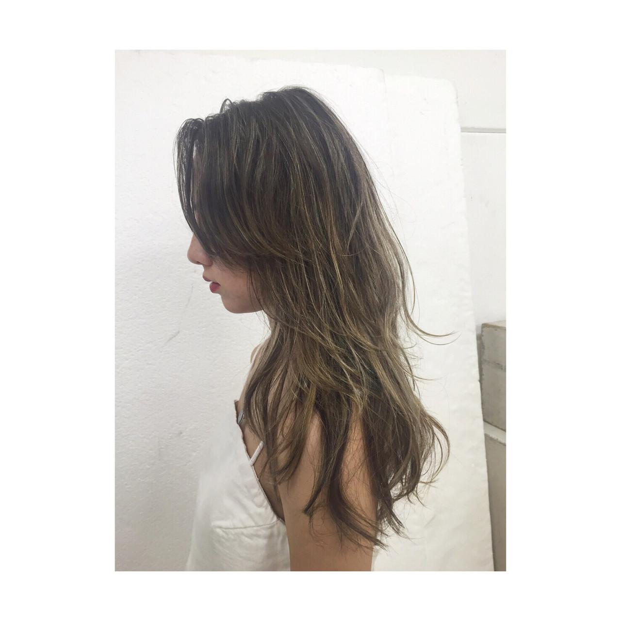 ナチュラル 地毛ハイライト ヘルシー ロング ヘアスタイルや髪型の写真・画像