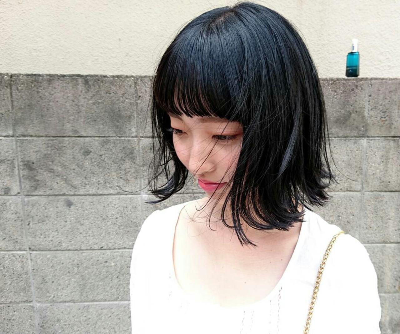 ブルーブラック 黒髪 外ハネ ストリート ヘアスタイルや髪型の写真・画像 | Yusuke Matsumoto / HAIR'S Lunetta 心斎橋