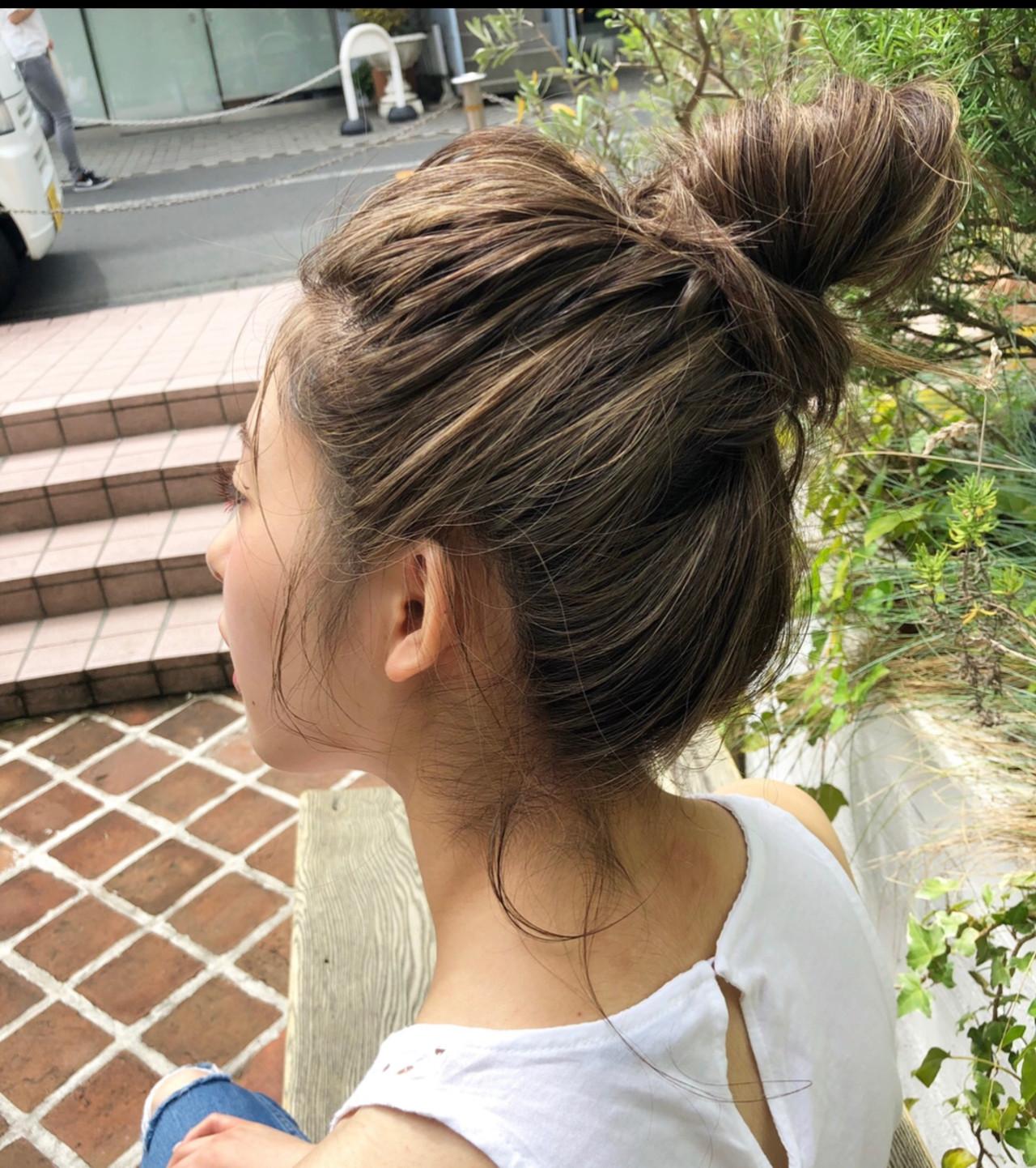 ナチュラル 簡単ヘアアレンジ オフィス デート ヘアスタイルや髪型の写真・画像 | 宇野智祐 / Lano