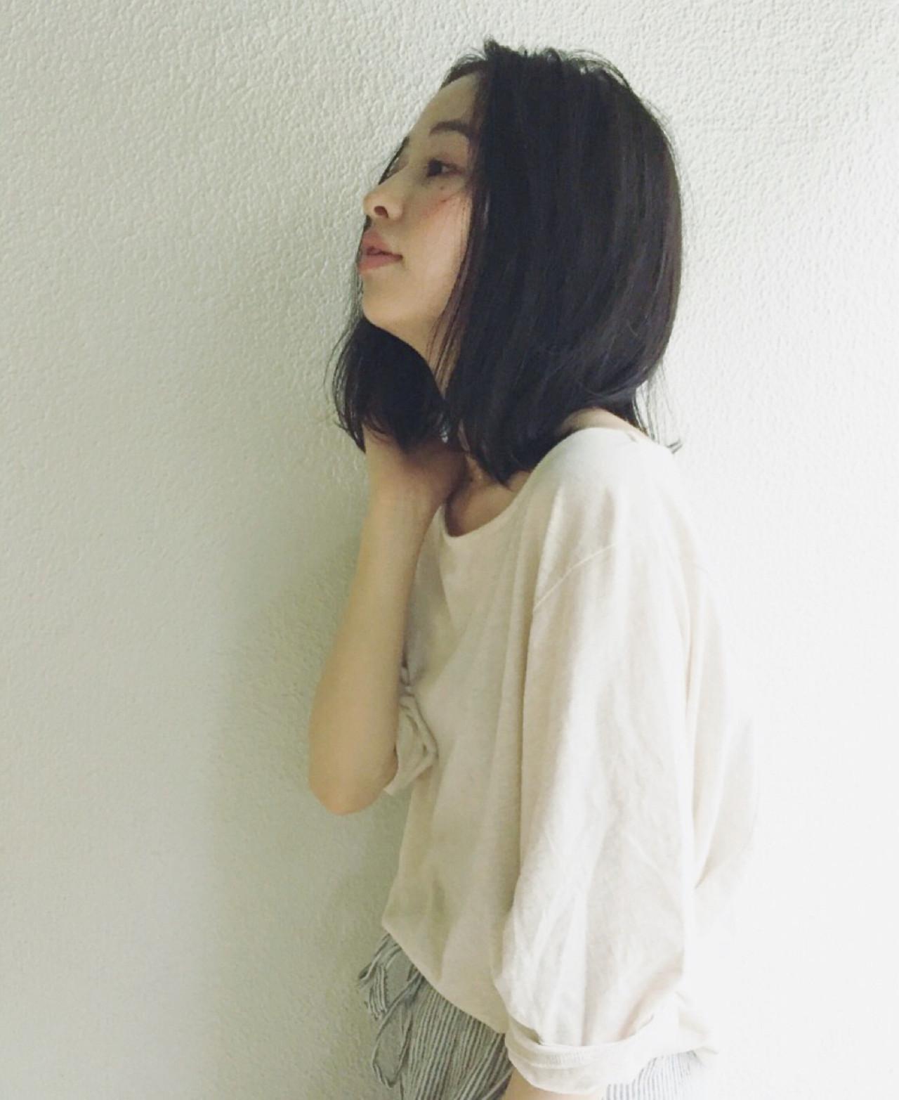 くせ毛風 かき上げ前髪 ナチュラル 切りっぱなし ヘアスタイルや髪型の写真・画像   OYAMA KENICHI / BALLOON HAIR