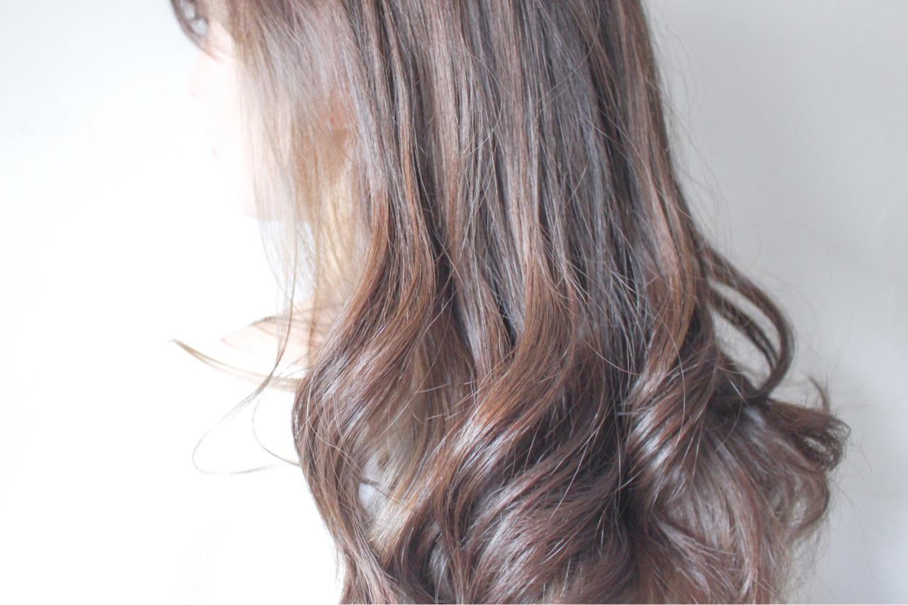 抜け感 ラベンダーアッシュ ナチュラル ハイライト ヘアスタイルや髪型の写真・画像