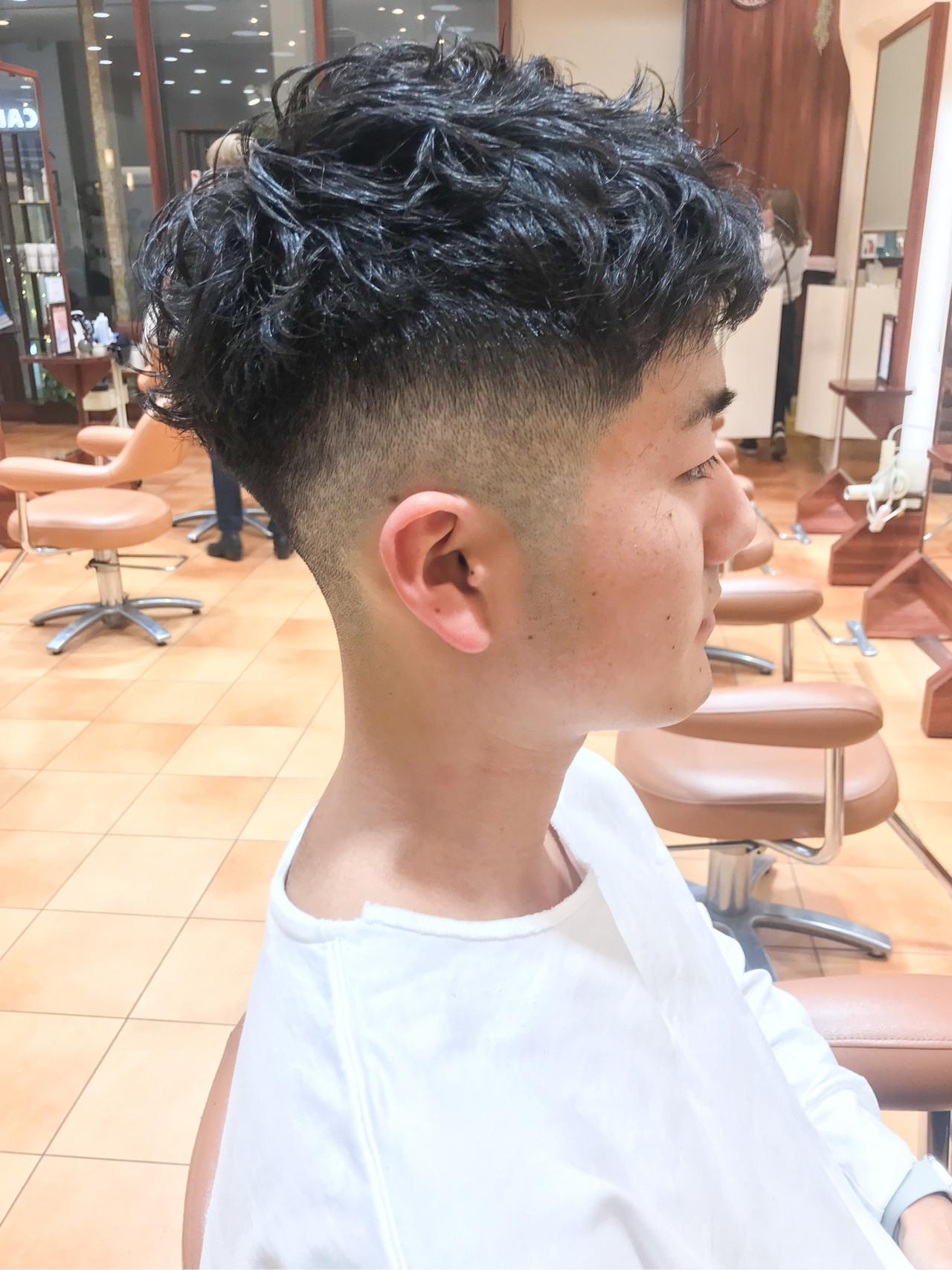 フェードカット ストリート ショート メンズカット ヘアスタイルや髪型の写真・画像