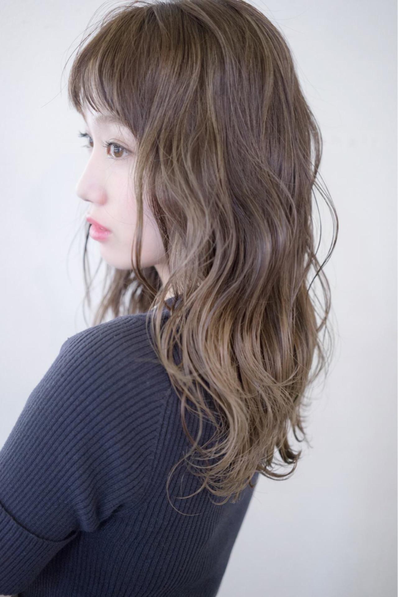 ナチュラル 冬 外国人風 ミディアム ヘアスタイルや髪型の写真・画像