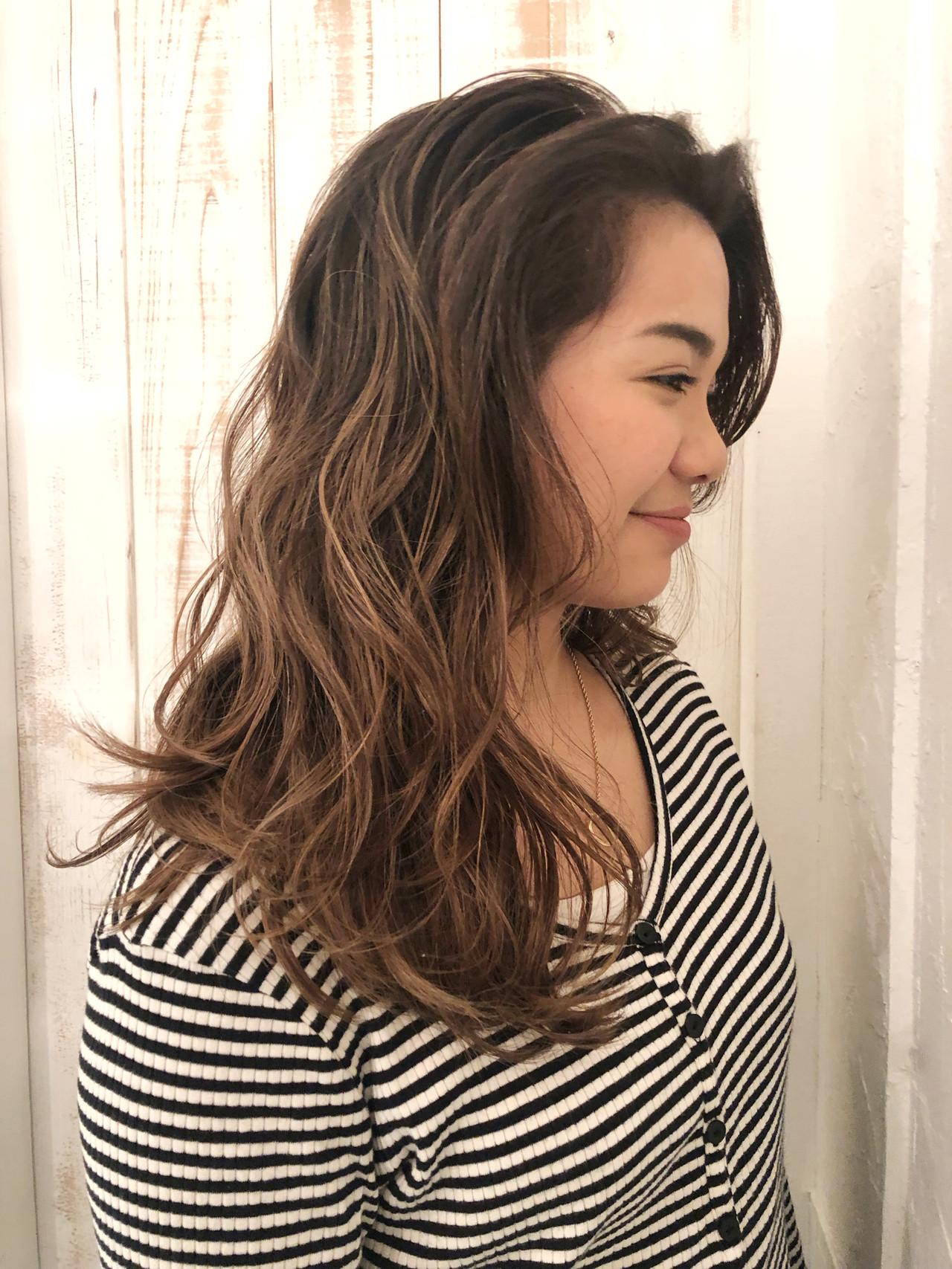 ロング エレガント 外国人風カラー 外国人風 ヘアスタイルや髪型の写真・画像