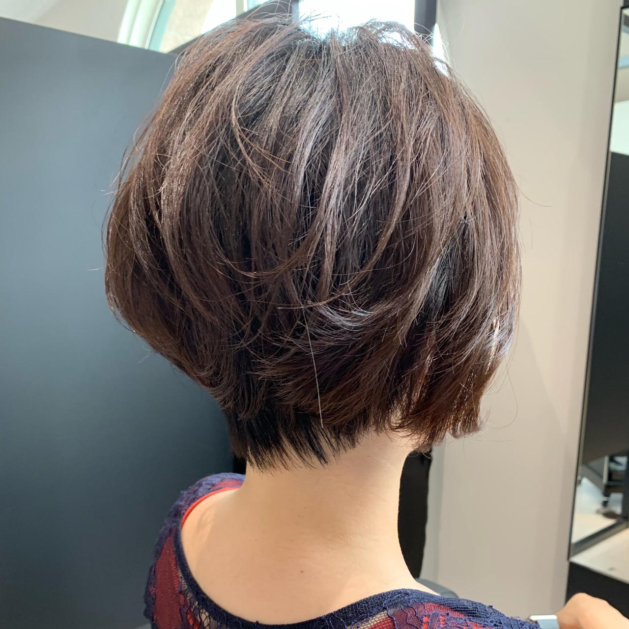 ナチュラル ショート デート 大人かわいい ヘアスタイルや髪型の写真・画像 | ショート職人 知花翔 / The Ect