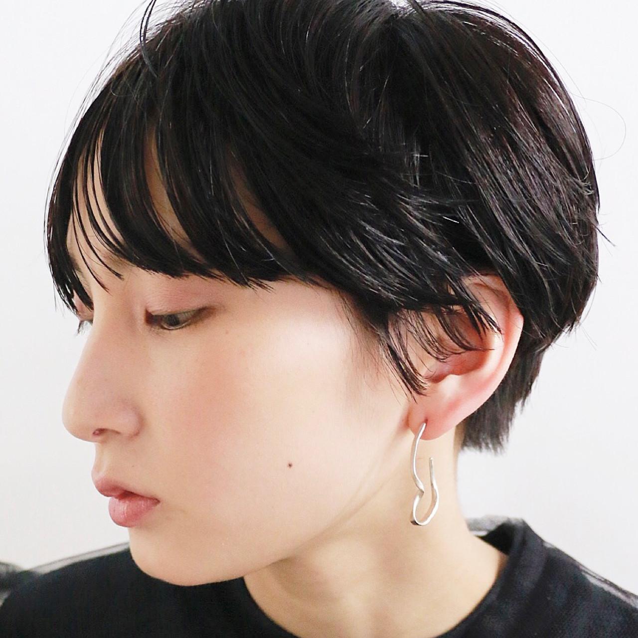 黒髪 ショート モード マッシュ ヘアスタイルや髪型の写真・画像
