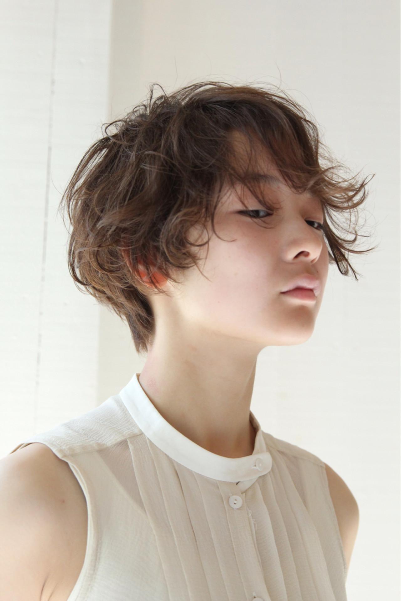 うざバング フェミニン 卵型 ハイライト ヘアスタイルや髪型の写真・画像   Fubuki /