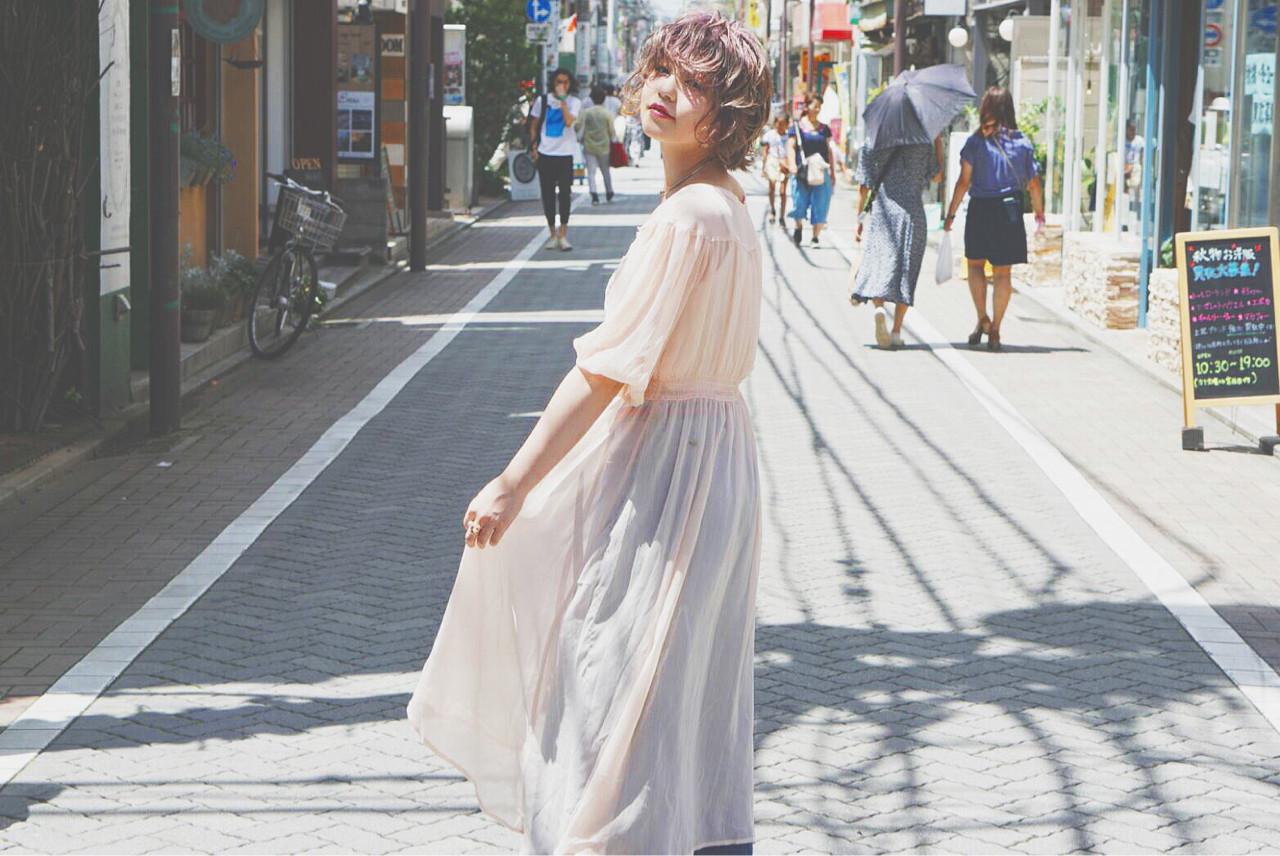 秋 ウェーブ ハイトーン ヘアアレンジ ヘアスタイルや髪型の写真・画像 | あくつ ゆり。 /