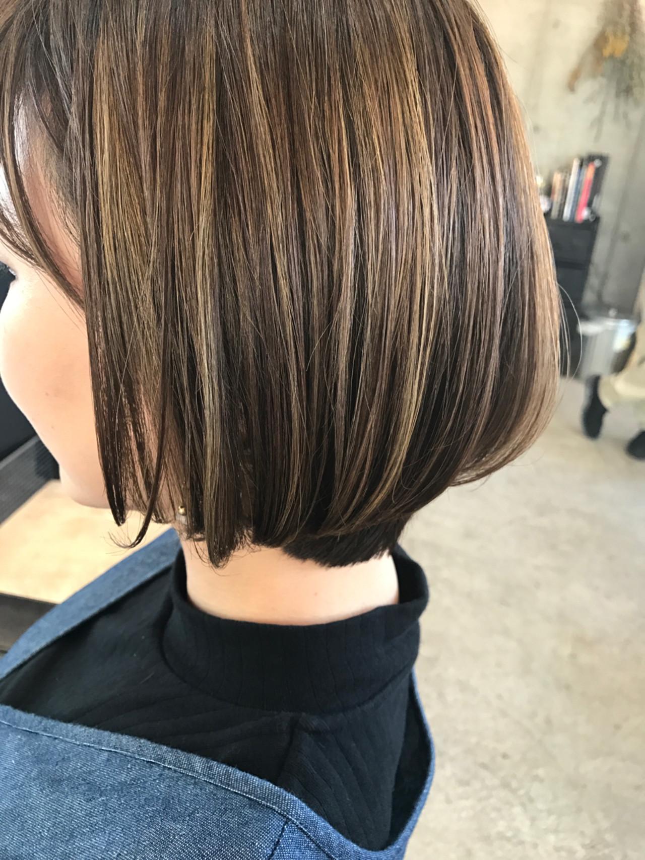 ボブ ローライト イルミナカラー ハイライト ヘアスタイルや髪型の写真・画像
