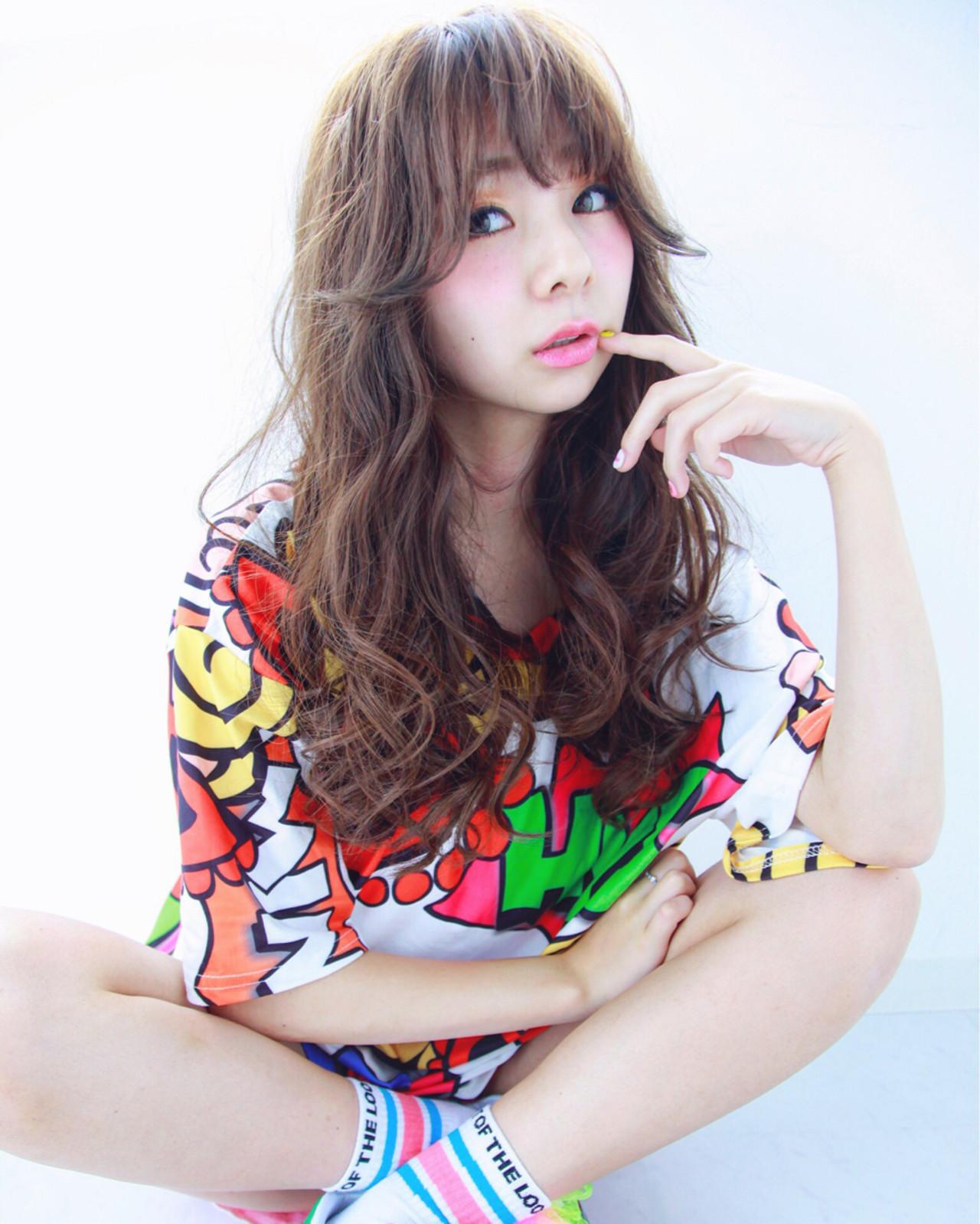 アッシュ ロング ハイライト ゆるふわ ヘアスタイルや髪型の写真・画像 | 澤井 裕貴 / powder hair