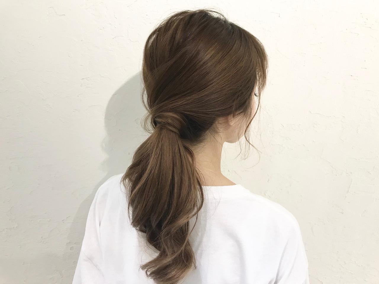 簡単ヘアアレンジ ガーリー オフィス デート ヘアスタイルや髪型の写真・画像