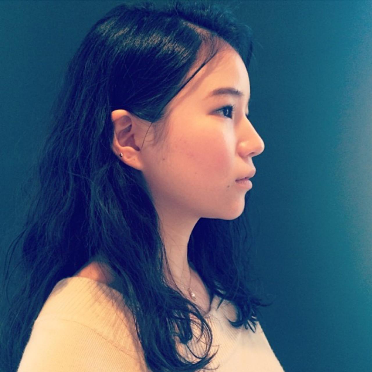 暗髪 ゆるふわ パーマ ロング ヘアスタイルや髪型の写真・画像   篠崎 佑介 / ticro.