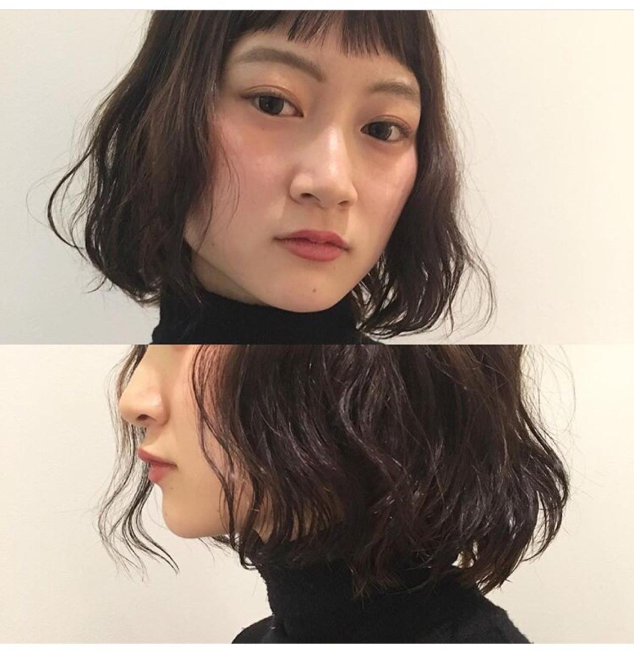 オン眉 パーマ ミディアム ウェットヘア ヘアスタイルや髪型の写真・画像 | Yousuke Yamaura / vetica