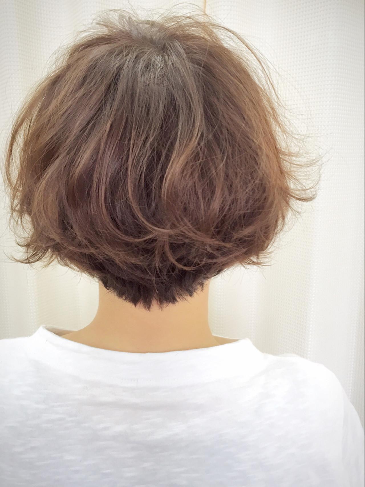 くせ毛風 マッシュ ショート ゆるふわ ヘアスタイルや髪型の写真・画像