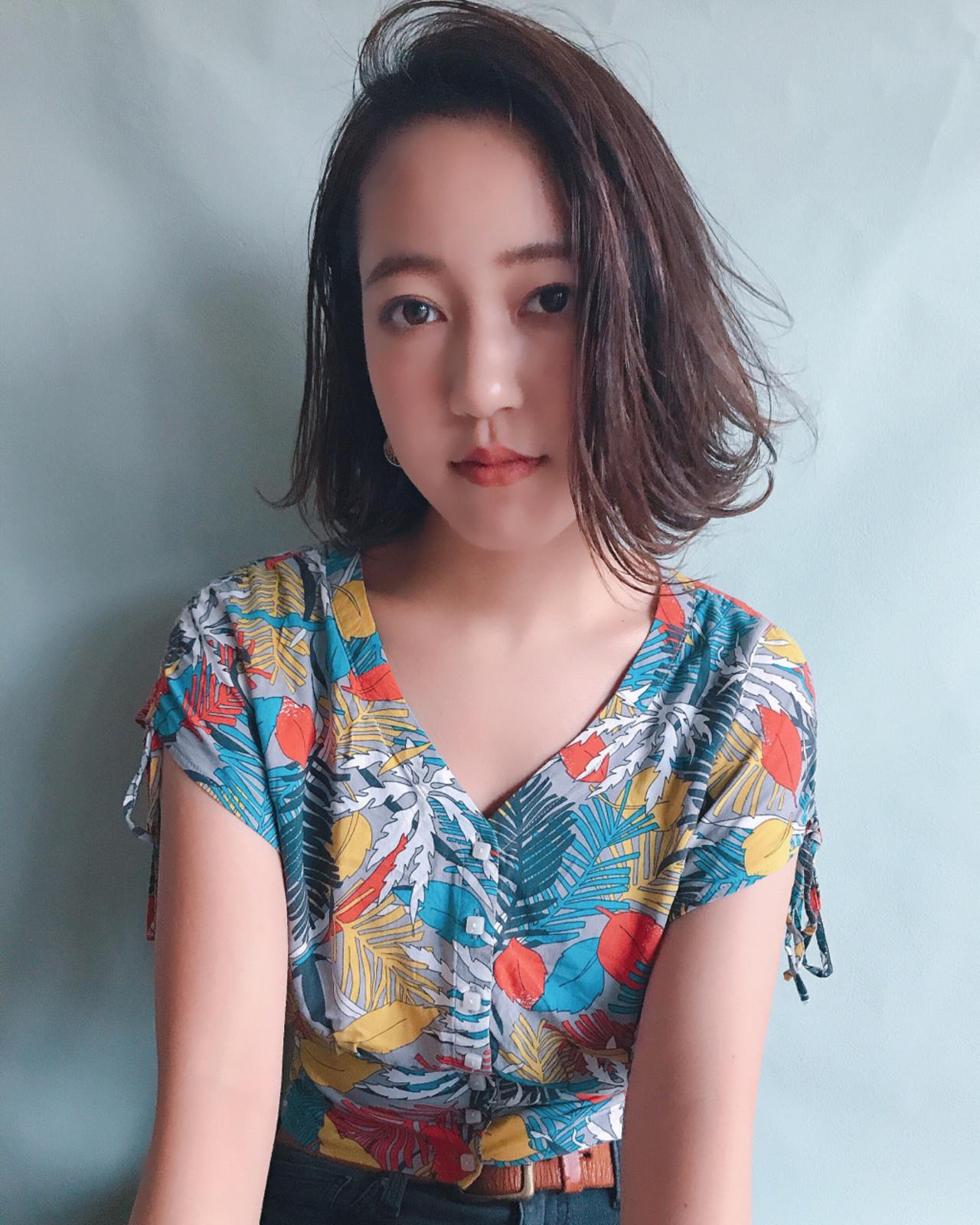 女子会 ウェーブ ボブ 梅雨 ヘアスタイルや髪型の写真・画像 | YUJI / LIICHI / LIICHI (リイチ)