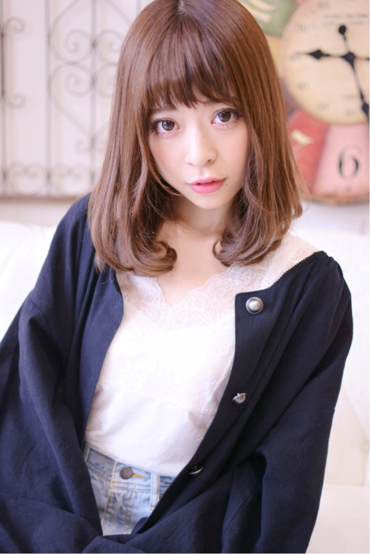 ゆるふわ ミディアム かわいい ナチュラル ヘアスタイルや髪型の写真・画像   Shiko Kajihara / メイズ