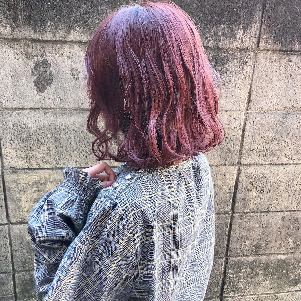 アンニュイほつれヘア ハイトーン ボブ 切りっぱなしボブ ヘアスタイルや髪型の写真・画像