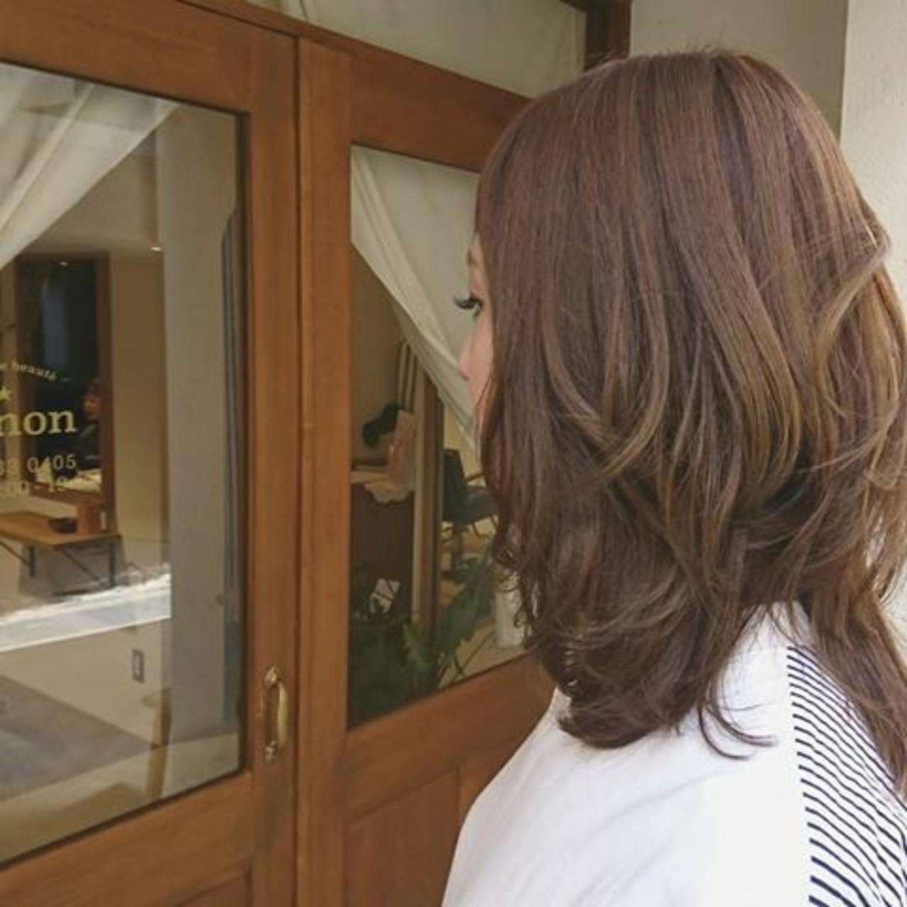 ミディアム デート アンニュイ ゆるふわ ヘアスタイルや髪型の写真・画像