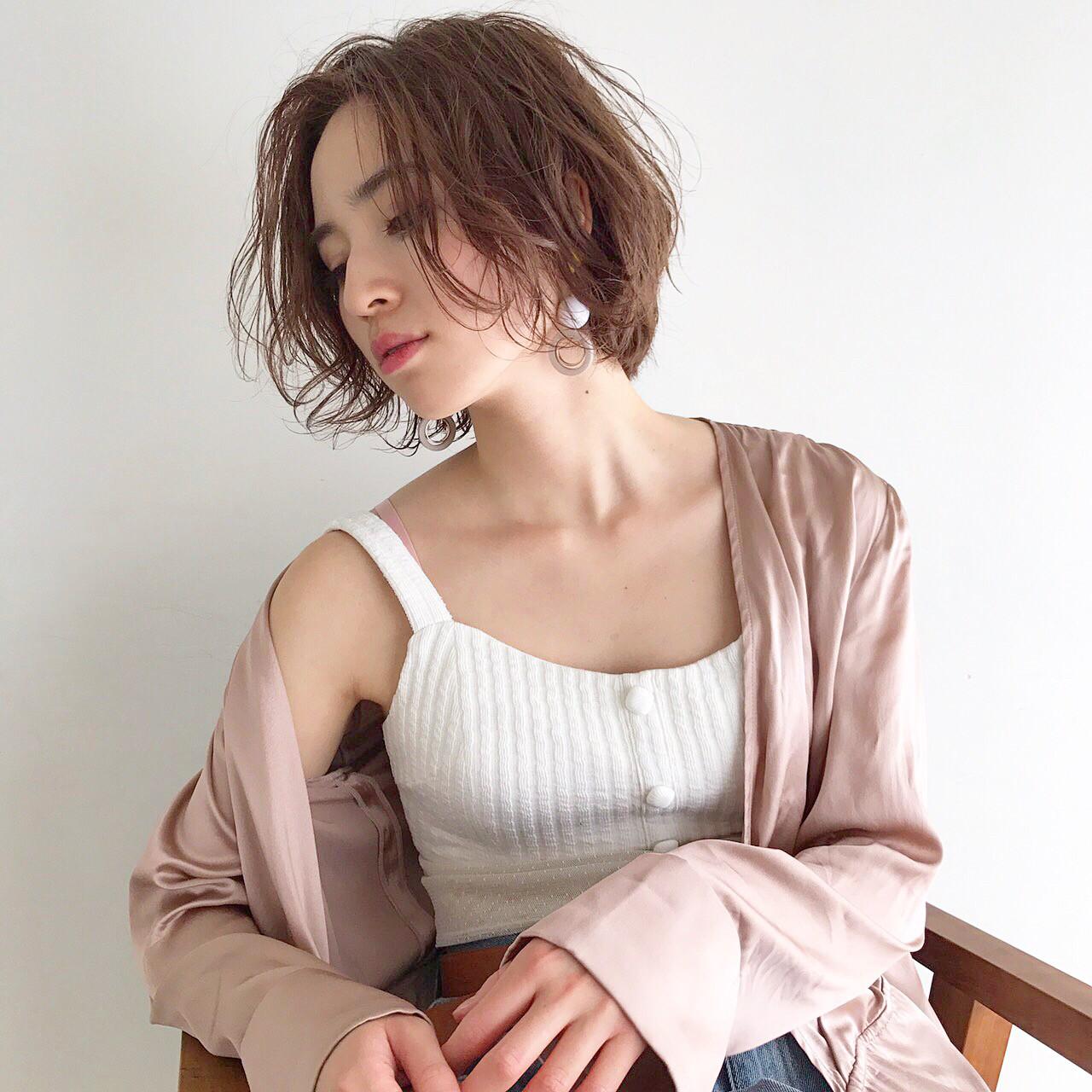 大人女子に人気の髪型とは?力の抜けたナチュラルさが魅力のヘアスタイル10選 菅沼宏恵