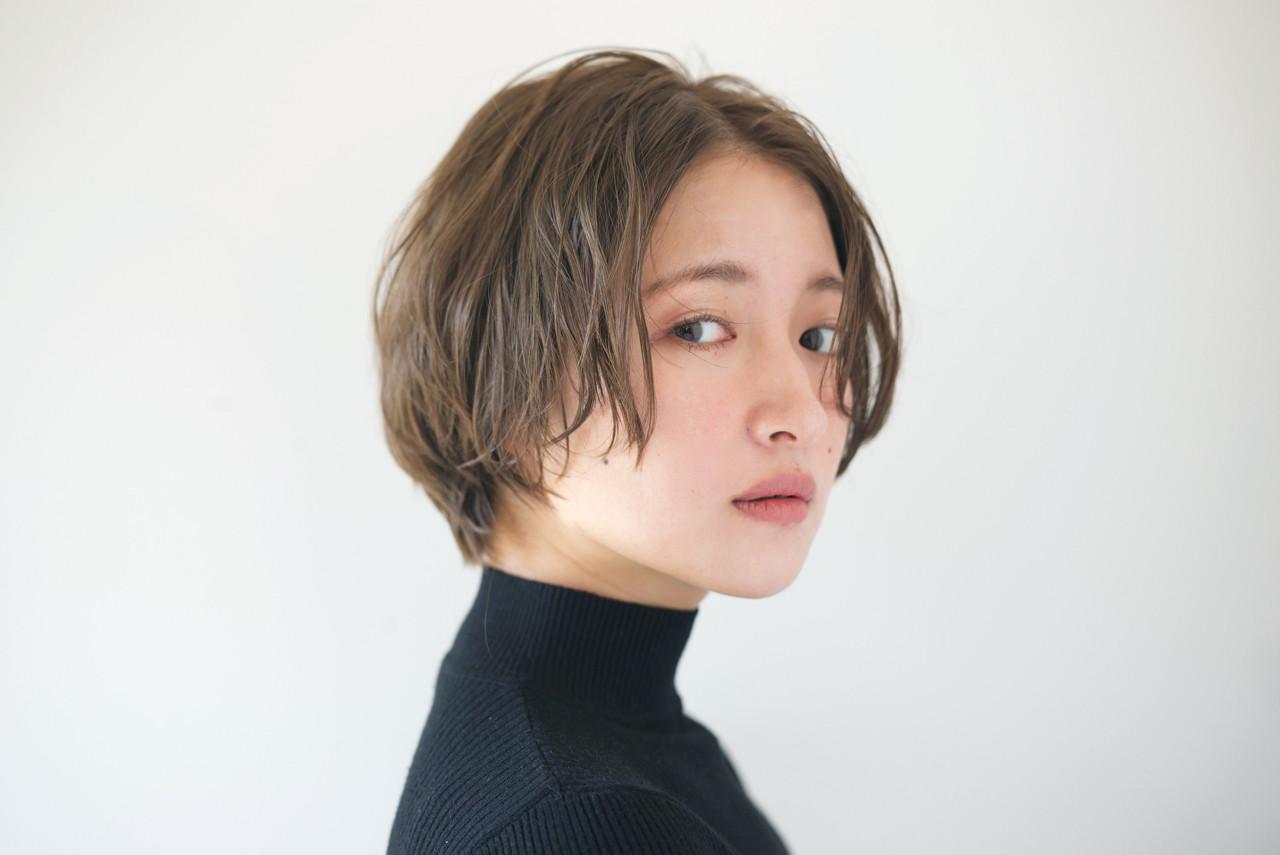 似合わせ アンニュイ ショート 小顔 ヘアスタイルや髪型の写真・画像