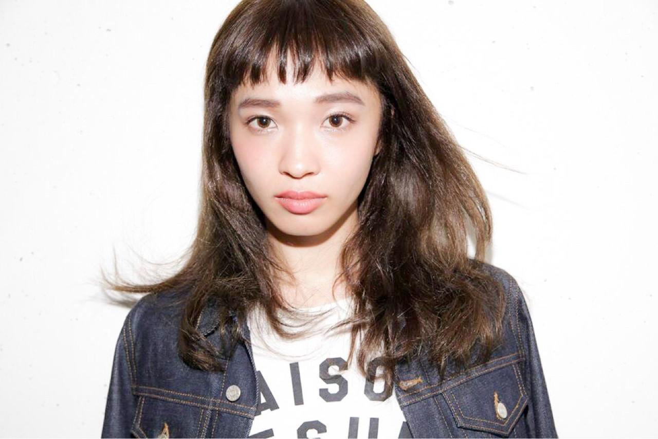 デート 女子会 リラックス 斜め前髪 ヘアスタイルや髪型の写真・画像 | femme / femme