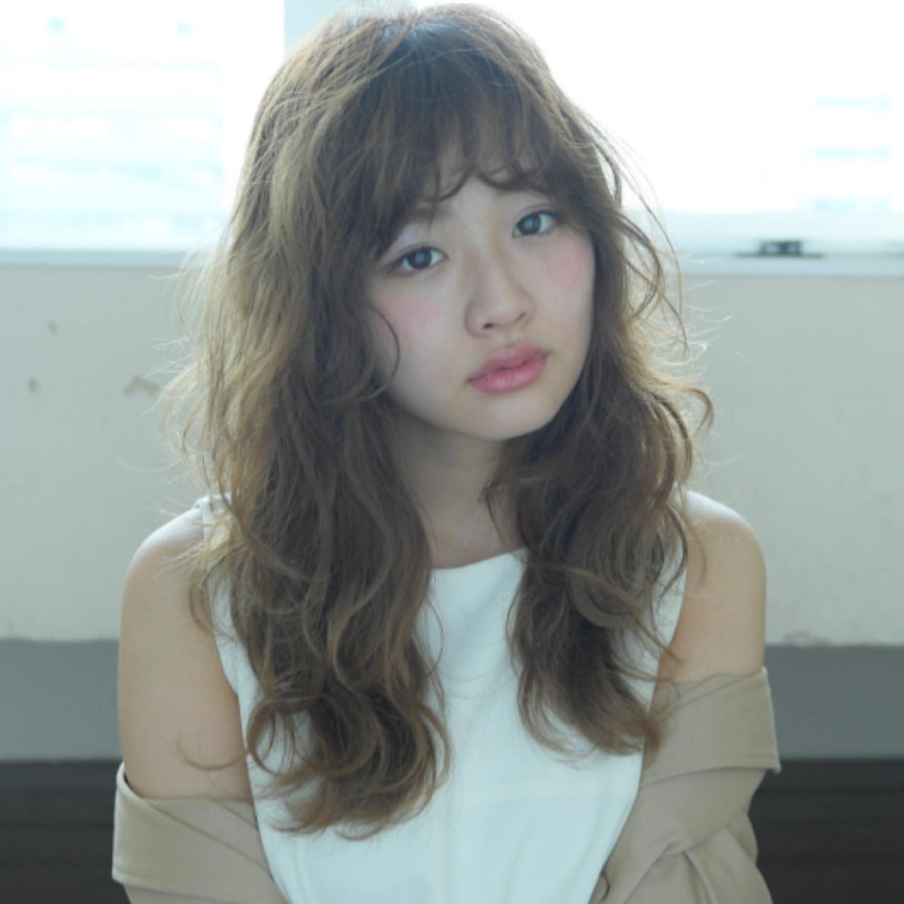 セミロング ハイライト 前髪あり フリンジバング ヘアスタイルや髪型の写真・画像 | 長澤 直樹 / THOiRY栄