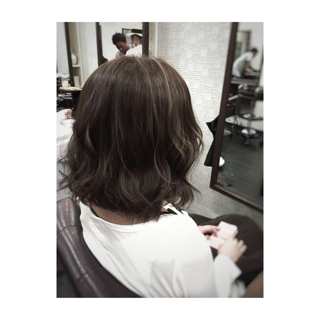 ストリート アッシュグレージュ ロング アッシュ ヘアスタイルや髪型の写真・画像