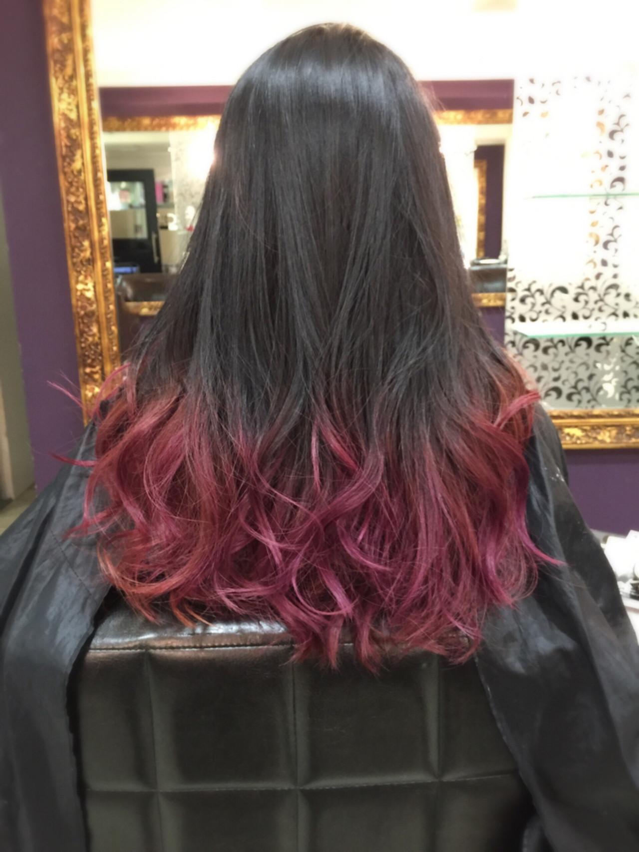 ロング ストリート グラデーションカラー ピンク ヘアスタイルや髪型の写真・画像