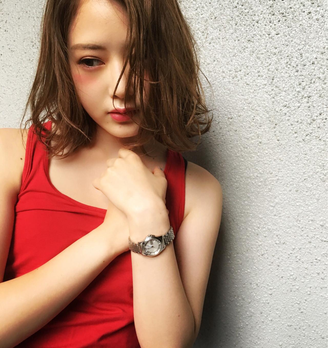 ハイライト 外国人風 ゆるふわ グラデーションカラー ヘアスタイルや髪型の写真・画像