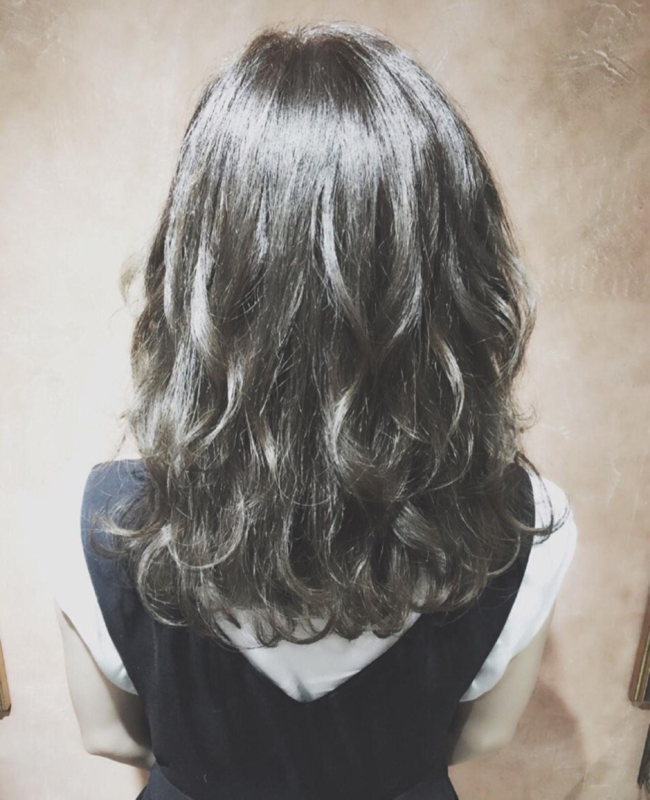 暗髪 セミロング アッシュ ボブ ヘアスタイルや髪型の写真・画像