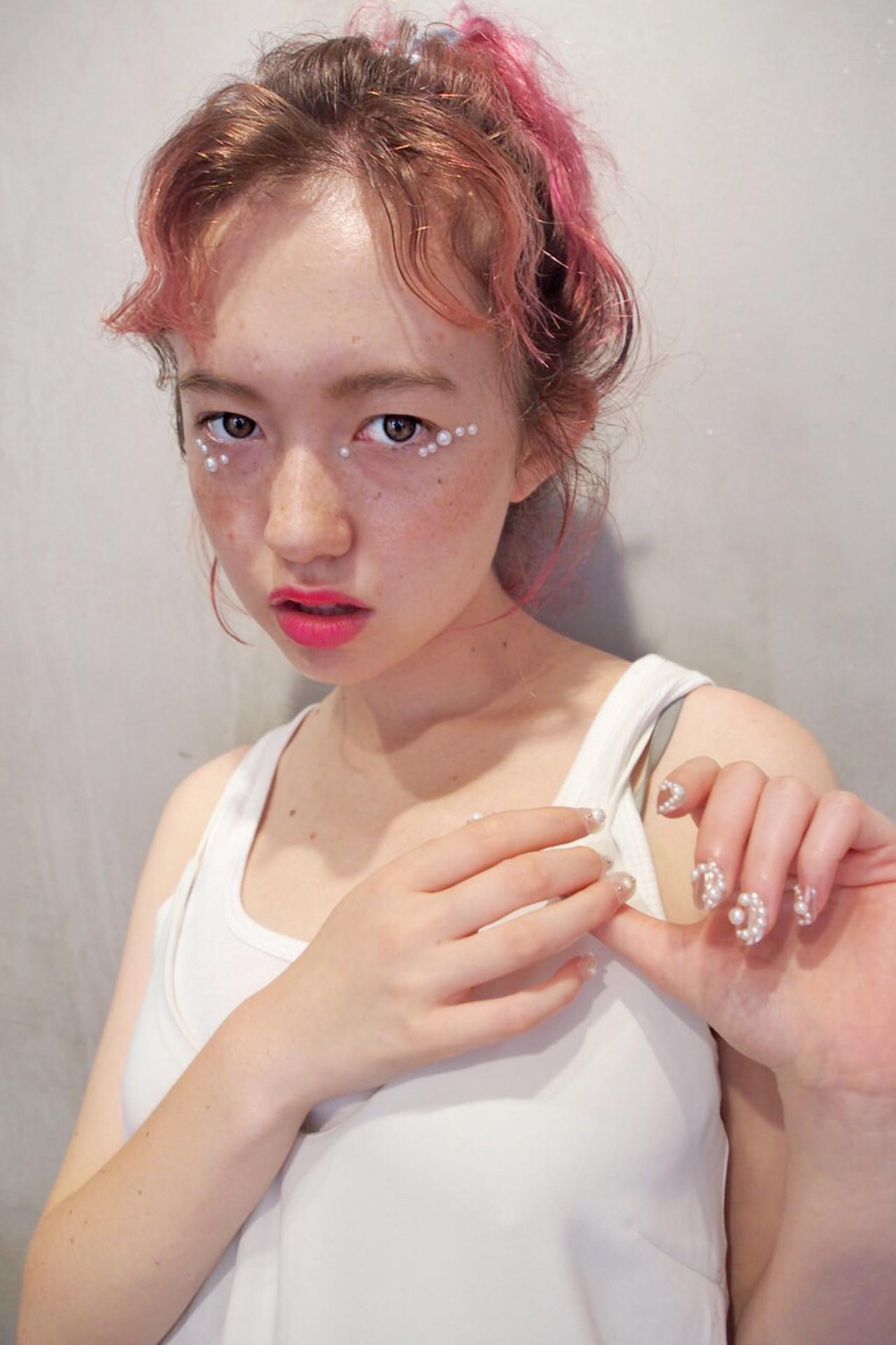 外国人風 ストリート ピンク 簡単ヘアアレンジ ヘアスタイルや髪型の写真・画像 | Rie Akita / LOAVE omotesando