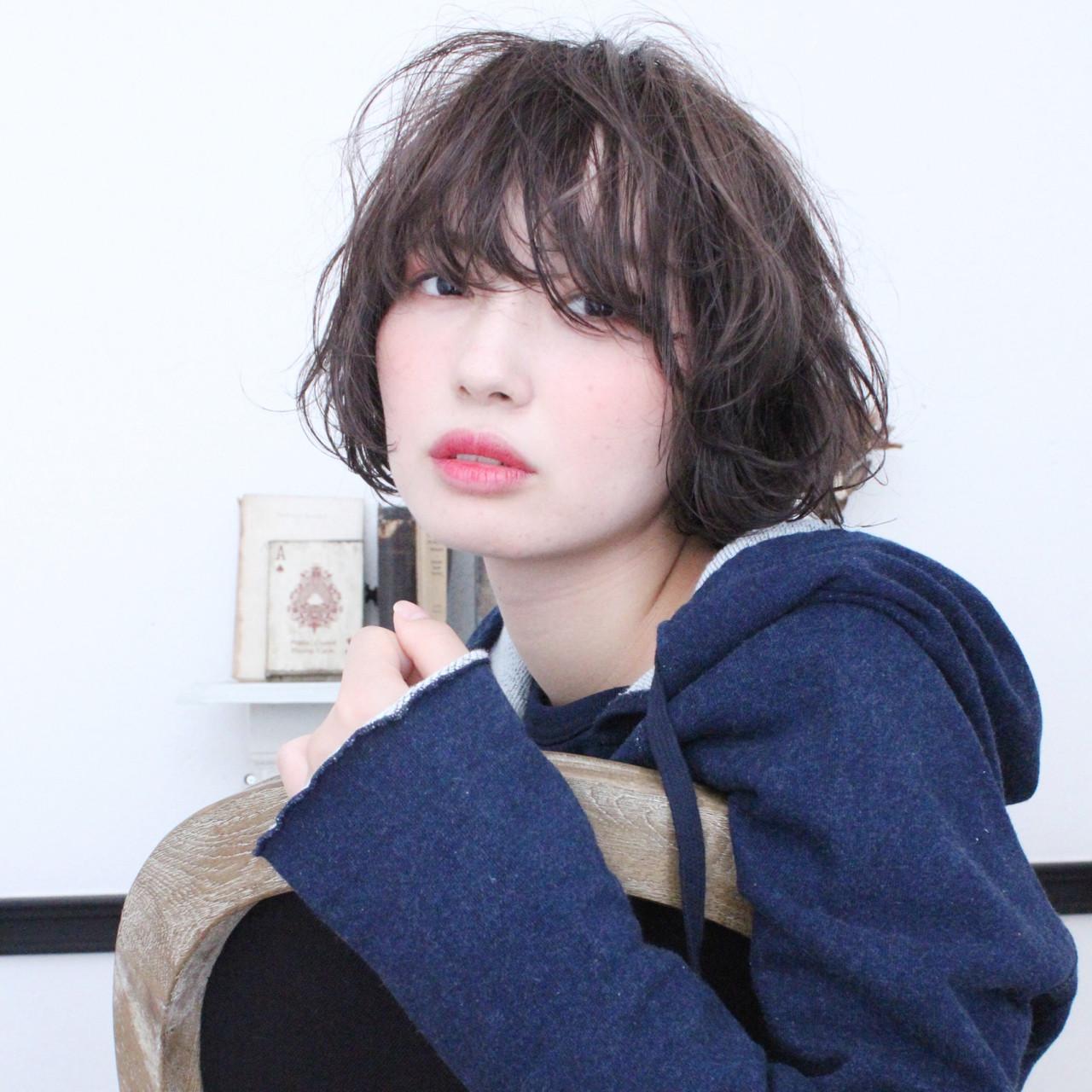 色気 ショート アッシュ パーマ ヘアスタイルや髪型の写真・画像