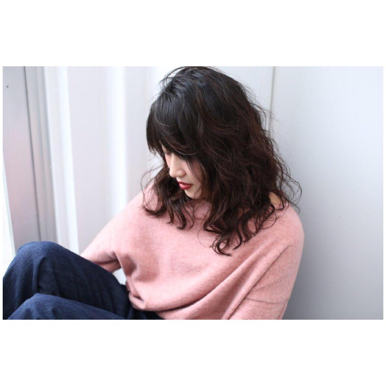 パーマ ラフ ミディアム デジタルパーマ ヘアスタイルや髪型の写真・画像   Yumi Hiramatsu / Sourire Imaizumi【スーリール イマイズミ】