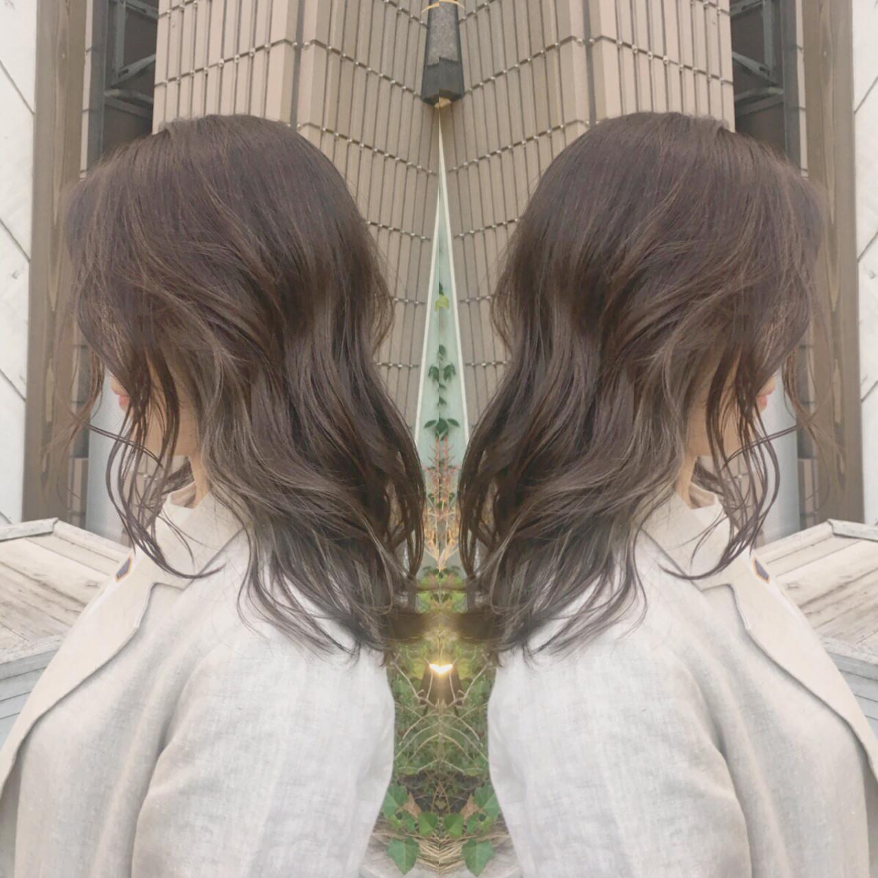パーマ オフィス デート ミディアム ヘアスタイルや髪型の写真・画像 | ミディアムヘア美容師#コバヤシタクヤ / kakimotoarms