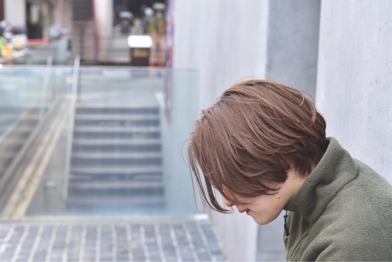 グレージュ ニュアンス アッシュ ショート ヘアスタイルや髪型の写真・画像