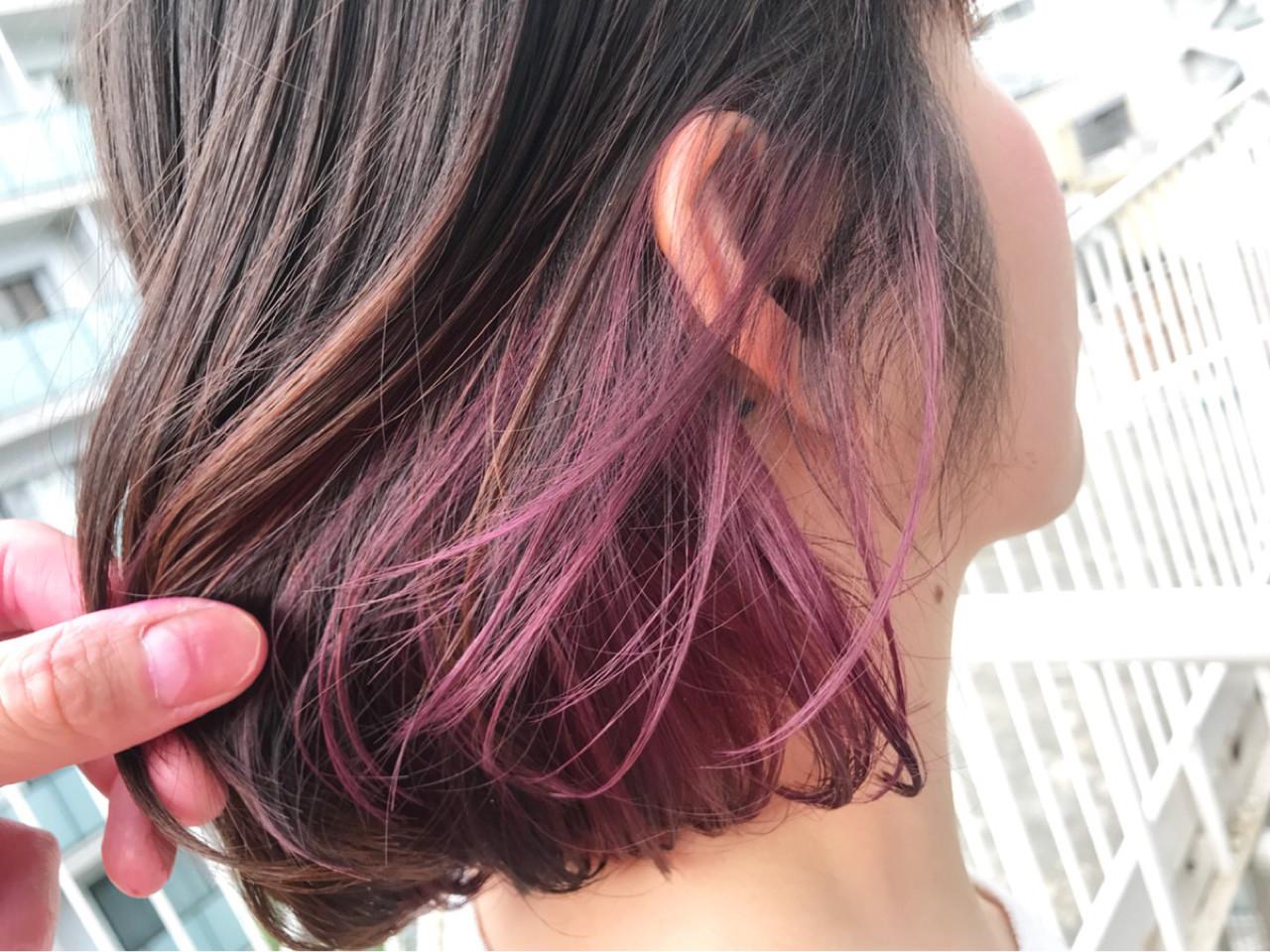 ショート 切りっぱなし ピンク ナチュラル ヘアスタイルや髪型の写真・画像