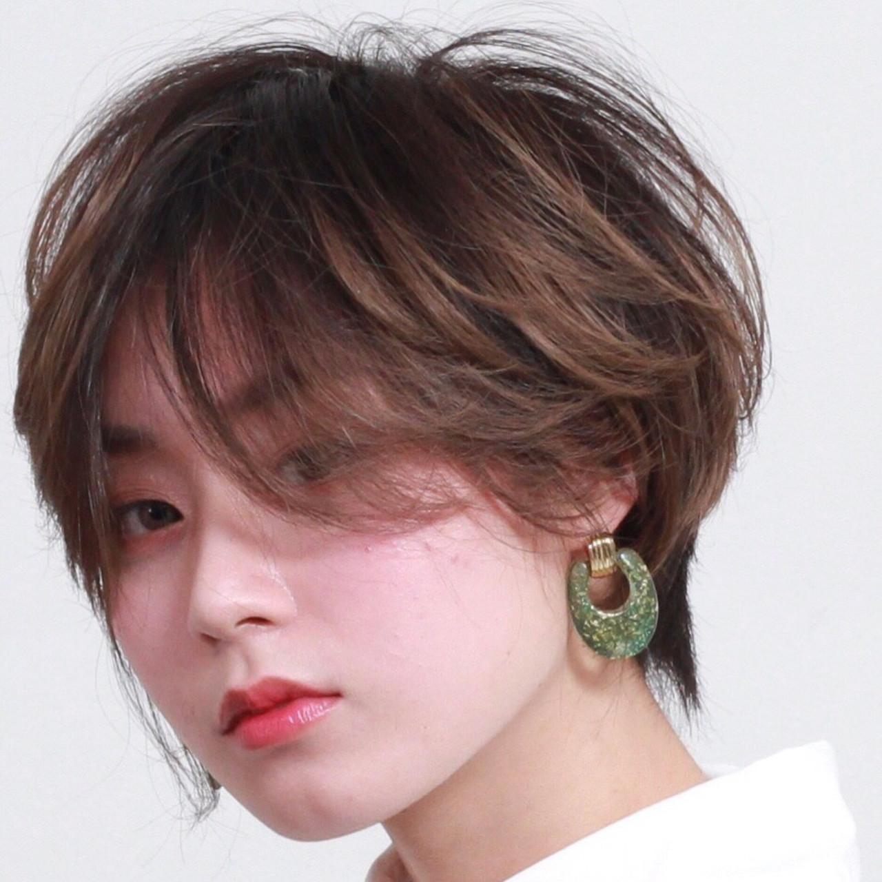 ナチュラル ショートヘア インナーカラー ショート ヘアスタイルや髪型の写真・画像